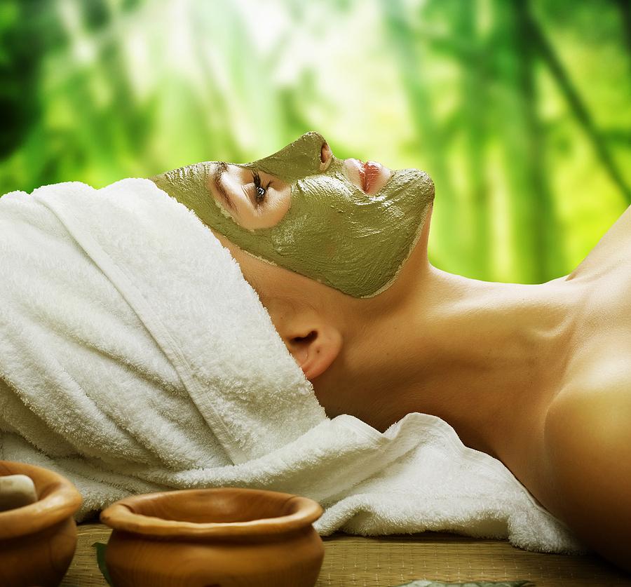 2021 Resolutions Could be Counterproductive. Green Tea Facial Mask